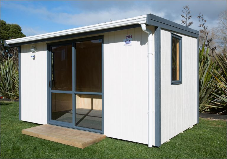 large portable cabin size 2